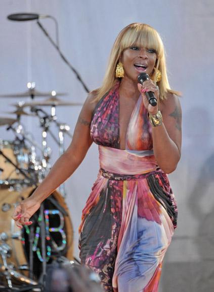 Mary J Blige Butt 38